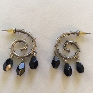 Silver plated swirl earrings with black dr…